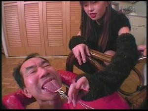 女性専用レンタル畜人器具 第二章~舐め奉仕&顔面椅子編