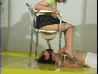 強制食糞・糞尿を強制的に口へ突っ込まれる家畜便器