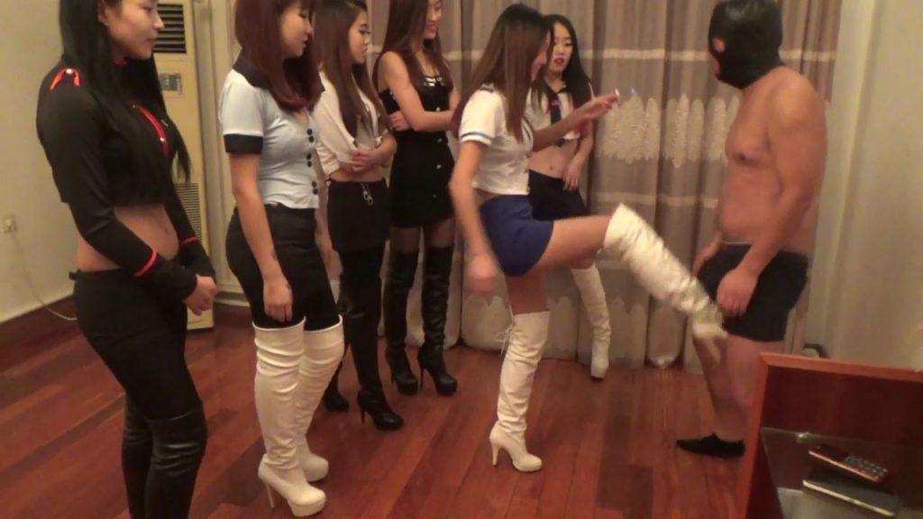 中国S女集団の暴行 ビンタ・金蹴り