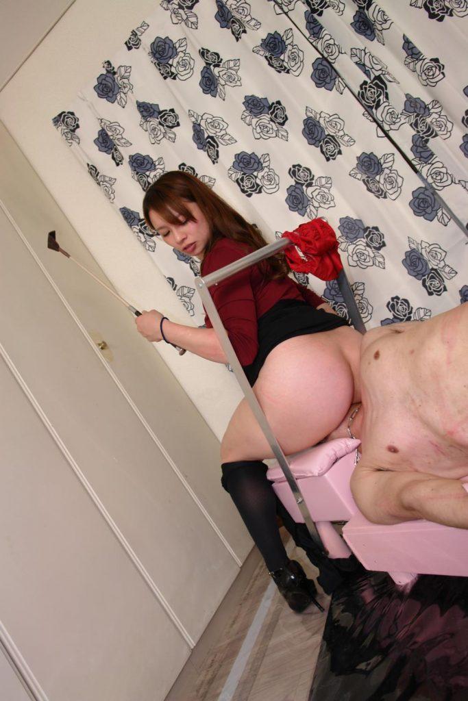 一般女性モニター達による窒息顔面椅子男 ギャラリー ヤプーズマーケット