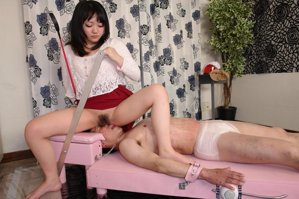一般女性モニター達による窒息顔面椅子男 ギャラリー