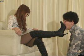 先行配信動画:奴隷化されていく脚フェチマゾ男1