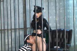 先行配信動画:空腹と射精管理で女看守に支配されていく囚人1