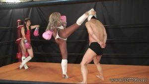 格闘ジム最強女トレーナー達の新入男鉄拳制裁 生駒はるな Yuni MLDO-140