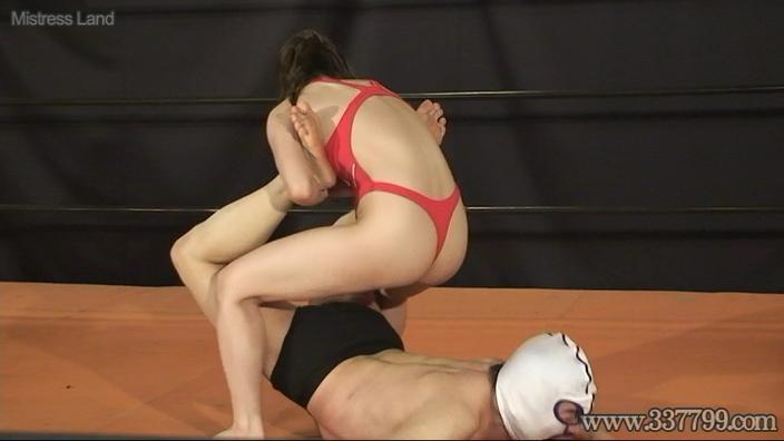 格闘ジム最強女トレーナー達の新入男鉄拳制裁2