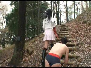 美人女性騎手 残虐!野外人間馬調教 FKD-23