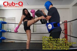 IRON WOMAN 7 CLUB-Q IW-007