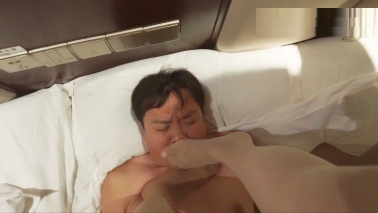 【中国S女】M男 人間トランポリン 2