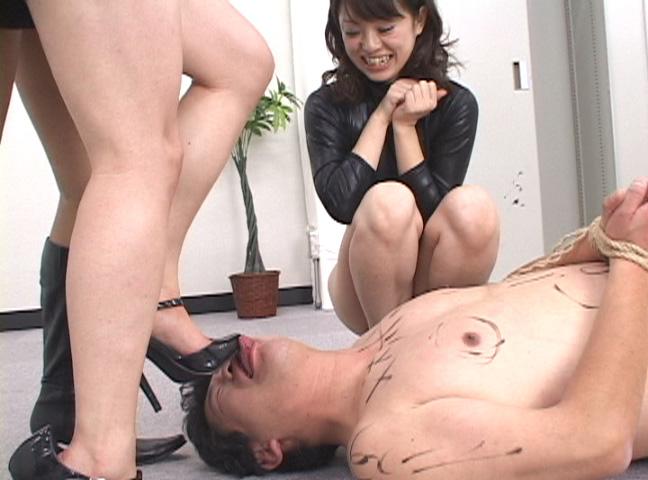 情け無用のM男拉致監禁虐待!