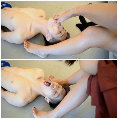 清楚系中国美女のヒール舐め→足舐め奉仕