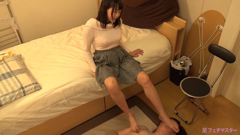 絢音ちゃんが変態M男を足責め射精!【涼川絢音】