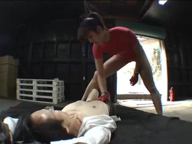 長身肉バレー 格闘圧迫女子