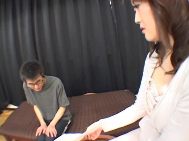 生田沙織先生のM男ナマ性教育