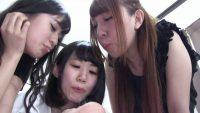 3人の可愛い娘達と唾ベロ匂いプレイ
