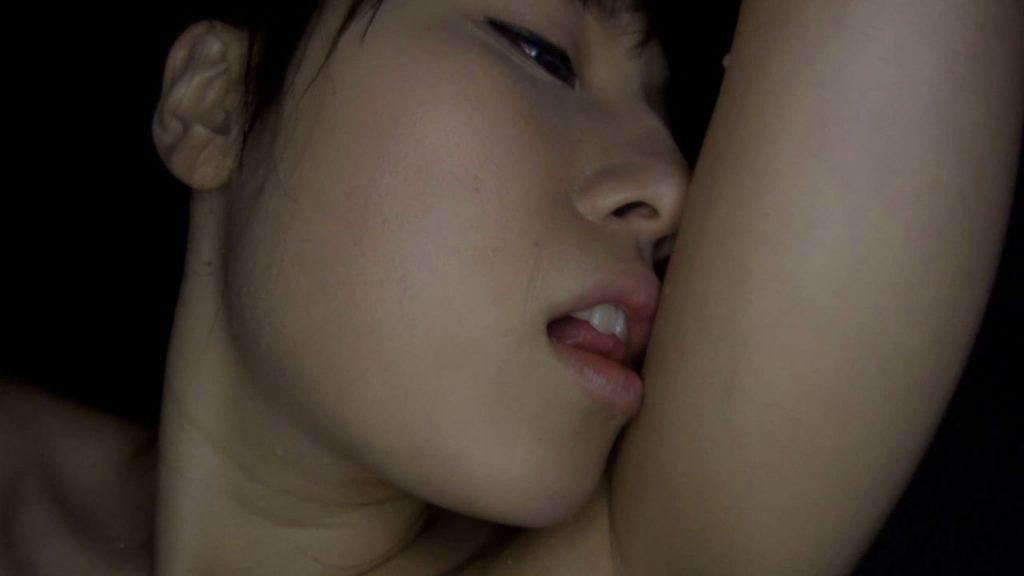 【女性の体液フェチ】小便・唾液・マン汁・汗に埋もれるM男 まとめ