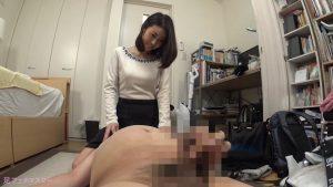 吉田花さんが変態M男を足責め射精!