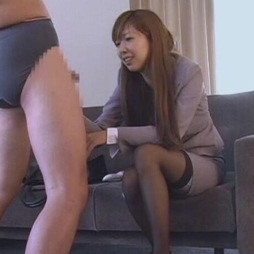 素人女子崇拝倶楽部の人気動画 女王様スカウトオーディション 超S級OL様編