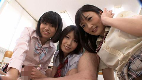 M男泣き!悶絶ペニバン責め!! 女子校生三人組の逆アナルペニバンファック! 03