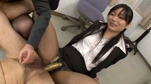 退職祝でOL二人のアナル責めにあうM男 前田陽菜 佐月麻央 06