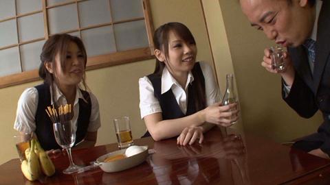 新入社員歓迎会でOL二人にアナル責めにあうM男 小倉もも 西野エリカ 01