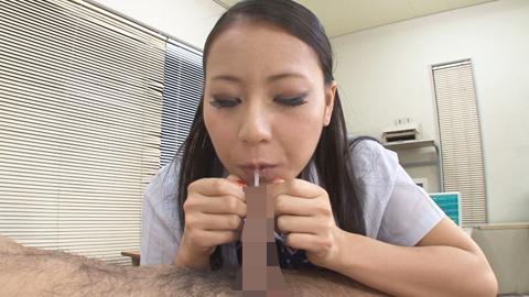 あずみ恋の包茎チンポ責め 03