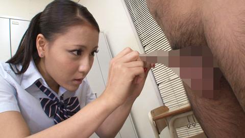 あずみ恋の包茎チンポ責め 01