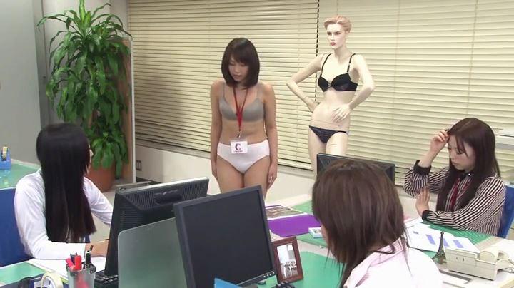 陰湿過ぎて魅入ってしまう女性同士の性的いじめ