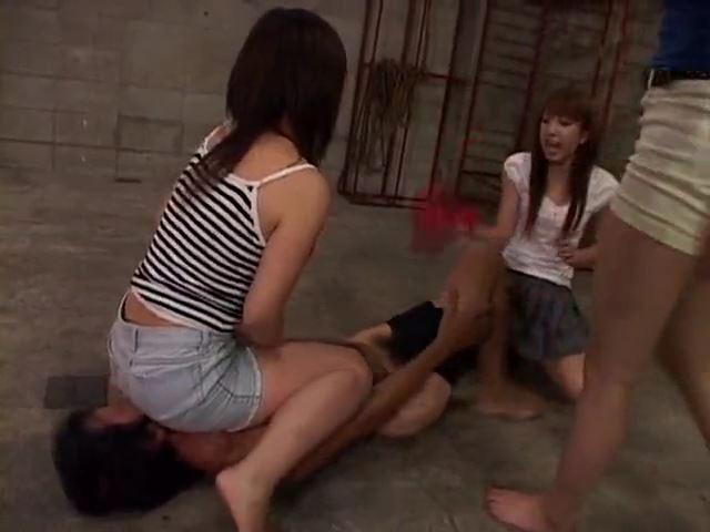 「殴られ屋」をいたぶって遊ぶ集団女性 山本瞳子 汐見ゆうな 新川舞美 07