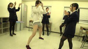 放課後〜金蹴り教室 2 金蹴り好きな女教師&JK達!! 画像12