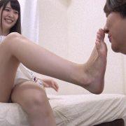 桜木優希音&水谷あおいちゃんが変態M男を足責め射精! 画像 02