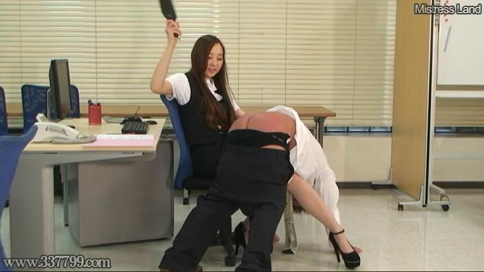 脚線美OLに支配されていく足フェチマゾ男 Risa 1 画像 02