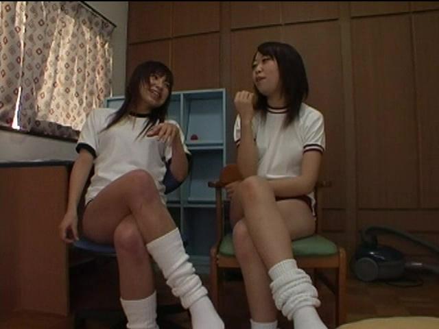 ぶるま女子校生W調教 Airi & Mai 画像 01