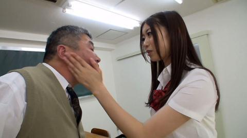 稲川なつめ (いながわなつめ)