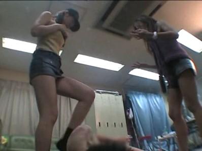 キャバ嬢の腹上アゲ×2ダンシング 画像 13
