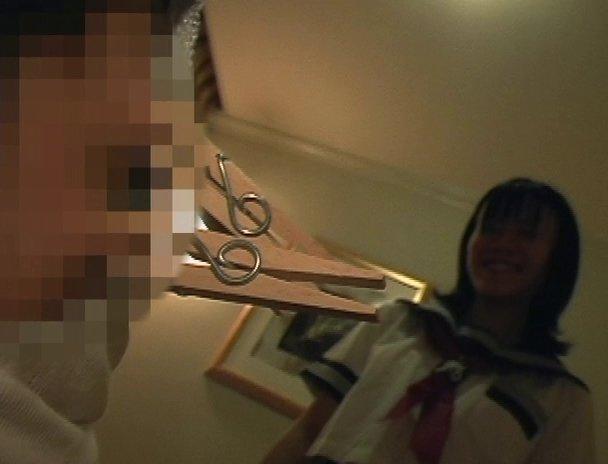 R-35vsU-18 女子校生に虐められたい中年M男 3 画像 05