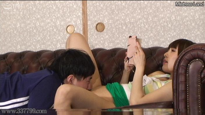 先行配信動画:誘惑家庭教師の貞操帯体罰授業 3