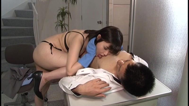 痴女清掃員のゴム手袋手コキマゾ射精WASH! 画像 09
