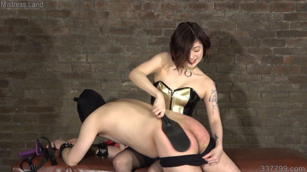 再訓練地下牢獄の美しき教官 2 画像 02