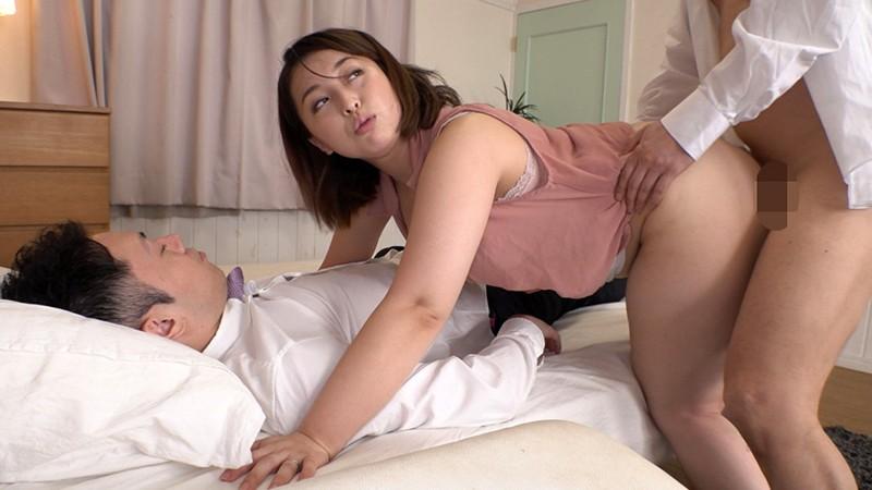 小便不倫物語~人妻が強●飲尿M男いじめに目覚めるまで~ 篠崎かんな