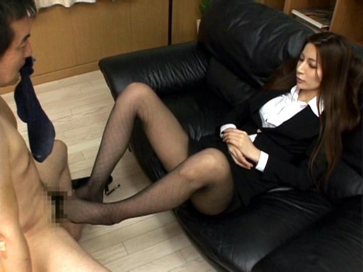 長身モデル鈴木杏里の美脚コキ