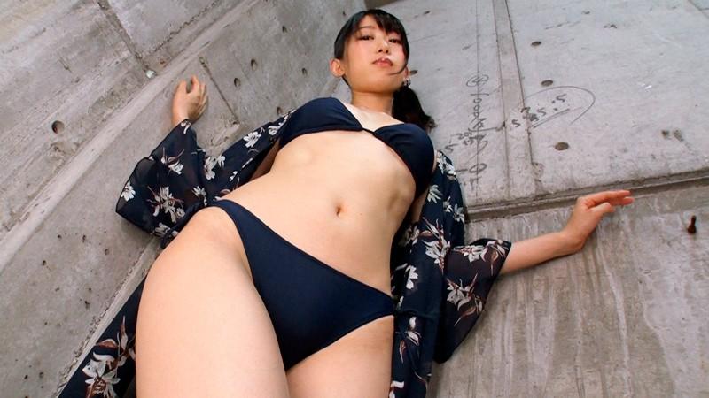 スレンダー×ビキニ×腿コキ 2