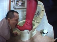 万引き犯に疑われた社長の娘がキレて警備員を脅迫し追い込む!赤ブーツ編