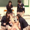 名門お嬢様学園でイジメられ続けた新任教師