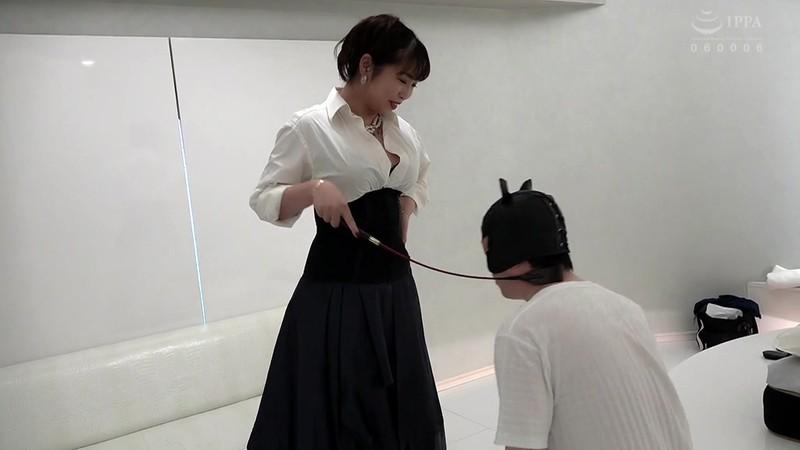 完全潜入!SM店へ突撃取材!! 各店イチオシの人気SM女王様を初出し独占撮影