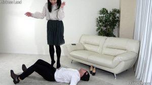 彼女と奴隷男のプレイを見せつけられマゾにされていく寝取られ彼氏 1