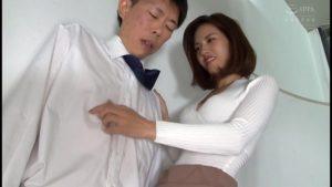 僕の年上彼女はオフィスで男のアナルを掻き回す責め好き誘惑S痴女。武藤あやか